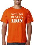 Nothing beats a lion. T-shirt of Polo en div. kleuren. S t/m 5XL_