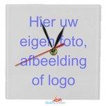 Klok vierkant met eigen afbeelding, foto of logo.