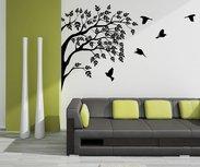 Groep vogels in boom