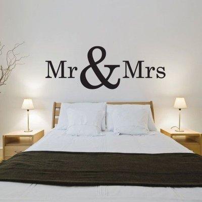 Mr & Mrs muursticker