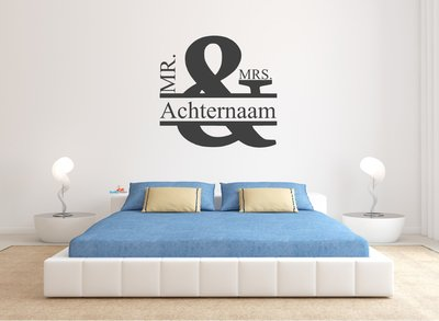 Mr & Mrs achternaam muursticker